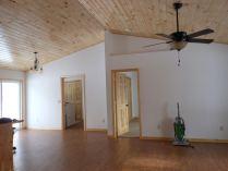 Compton-Brainerd-Builder-pine-ceiling